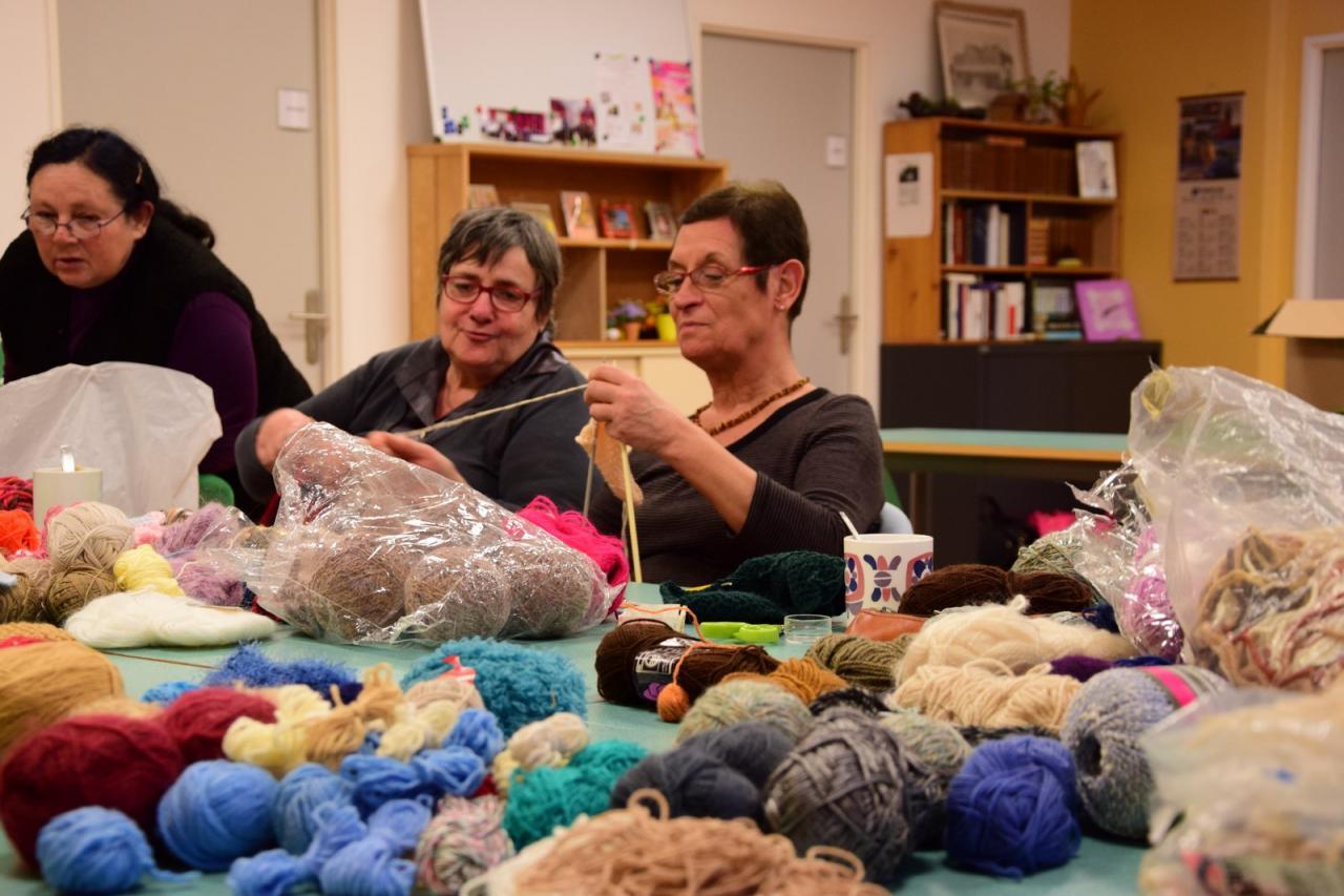 Les tricoteuses