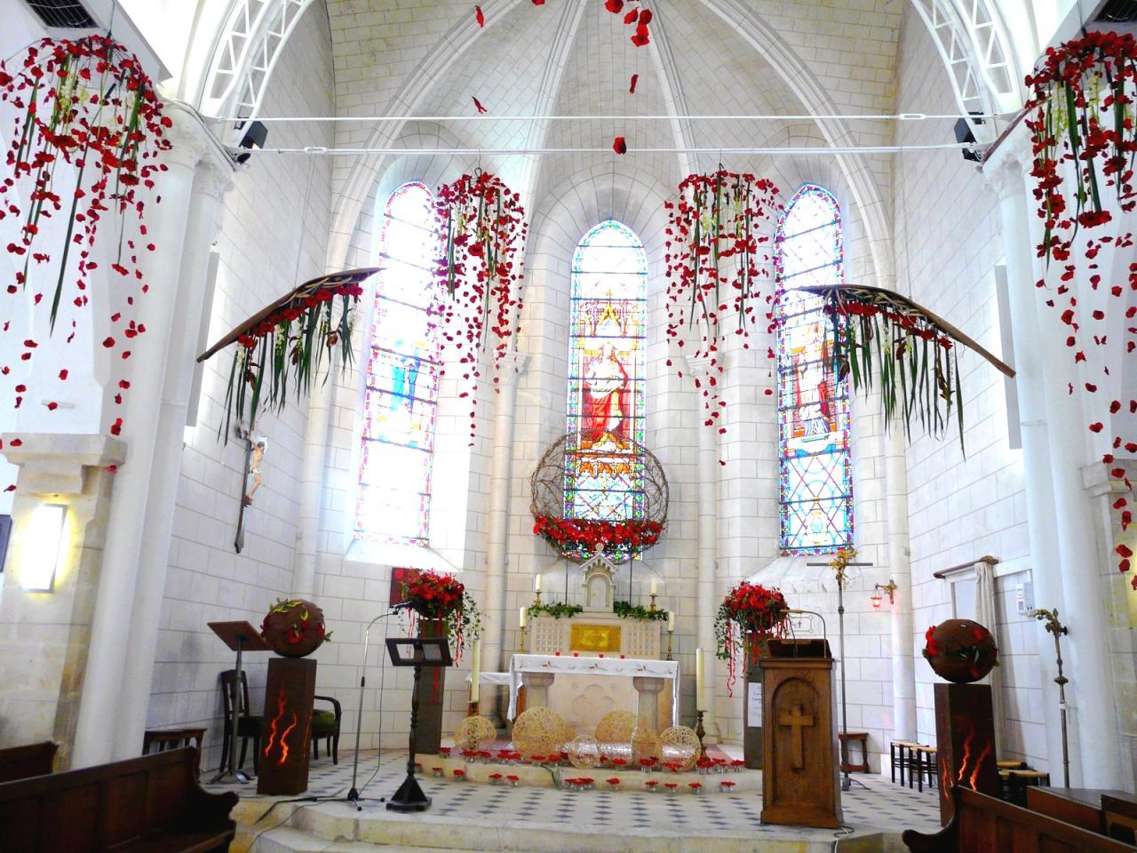 Intérieur de l'église]